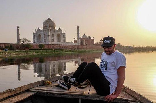 Um dia Taj Mahal Sunrise Tour de Jaipur