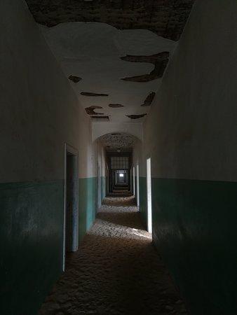 Kolmanskop Ghost Town: l'ospedale