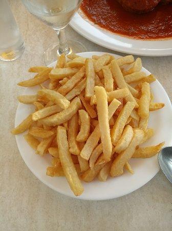 Vresse-sur-Semois, เบลเยียม: frietjes