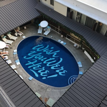 Super cool boutique hotel with Hawaii vibes