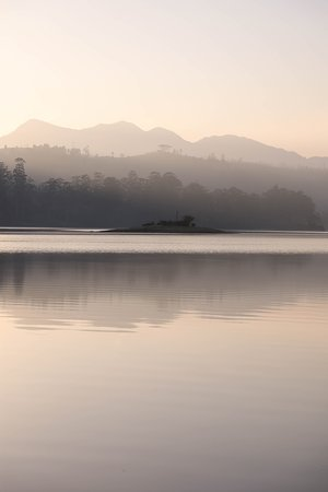 Ceylon Tea Trails - Relais & Chateaux: Lake View