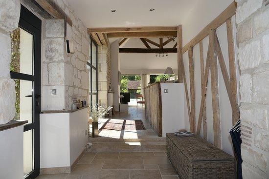 Maison d\'hôtes Villa d\'Othe - Entrée - Picture of Villa d\'Othe ...