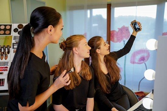 Oberorke, Germany: Kosmetik auch für Teens