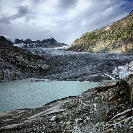 Gletsch, Ελβετία: Vista del glaciar del Rhône