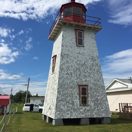 Grand-Digue, Kanada: The lighthouse at Caissie Point, Grande-Digue New Brunswick in September 2018