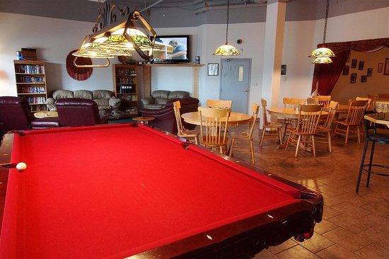 High Level, Canada: Bar/Lounge