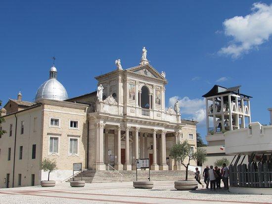 Santuario di San Gabriele dell'Addolarata