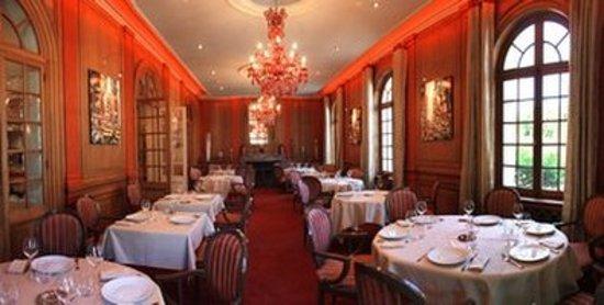 Hotel La Maison Rouge Noeux Les Mines France Voir 183 Avis Et