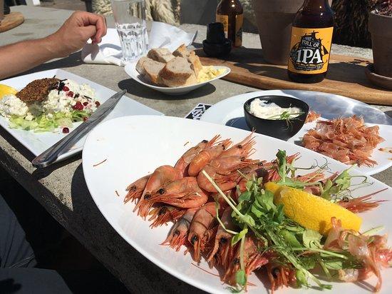 Tjorn, Σουηδία: Best home smoked shrimps!