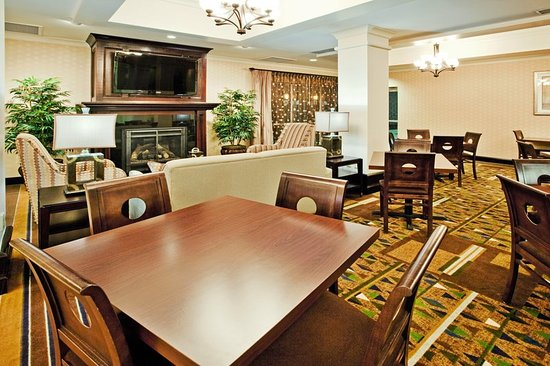 Holiday Inn Express Hotel Suites Columbus Fort Benning Restaurant