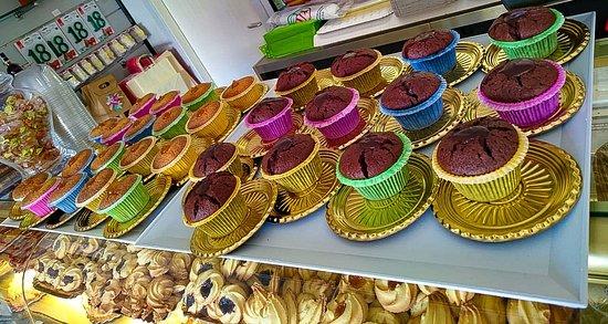 cupcake senza glutine!! Mandorle carote e cioccolato 🥕 🍫