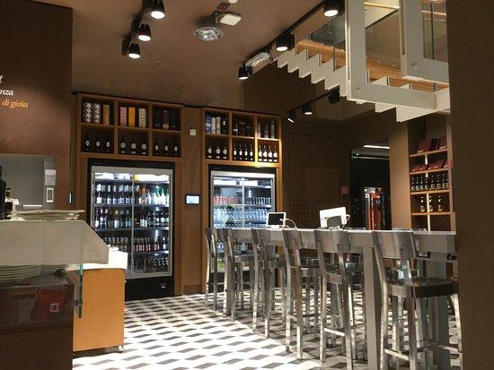 Ristorante La Credenza Fiorfood : お洒落な空間でした foto di fiorfood torino tripadvisor
