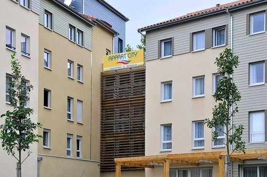Appart 39 city limoges 2018 prices reviews france for Appart hotel vienne france