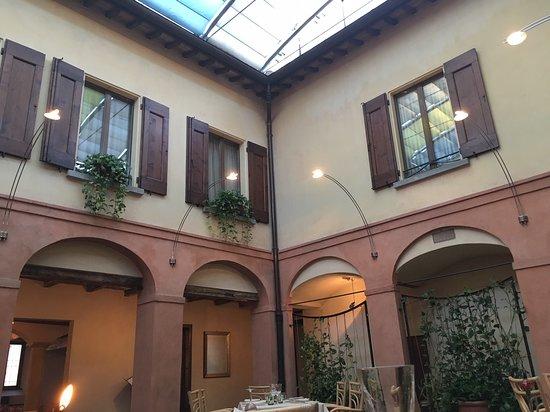 Bagnara di Romagna, Itália: interno del cortile