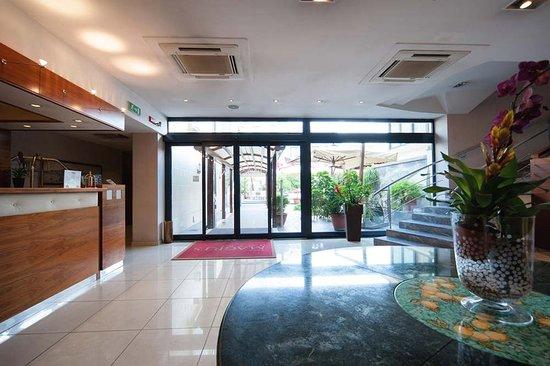 Hotel Magri's: Lobby