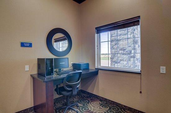 Eaton, Κολοράντο: Business center