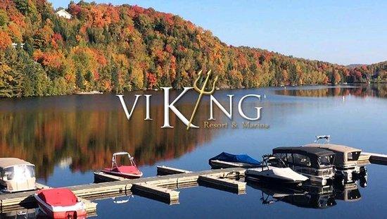Sainte-Marguerite-du-Lac-Masson, Canadá: View of lake Masson in the fall / Vue du lac Masson à l'automne