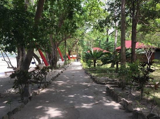 Pulisan Resort: Anlage vom Restaurant aus gesehen