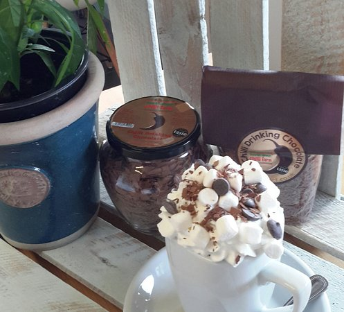 Loddiswell, UK: Chilli Hot chocolate - deliciously warms you twice!