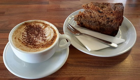 Loddiswell, UK: Homemade cakes and speciality origin coffee