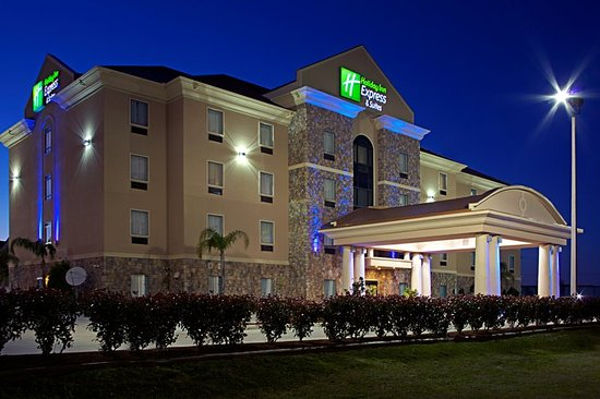 Holiday Inn Express & Suites Texas City Hotel