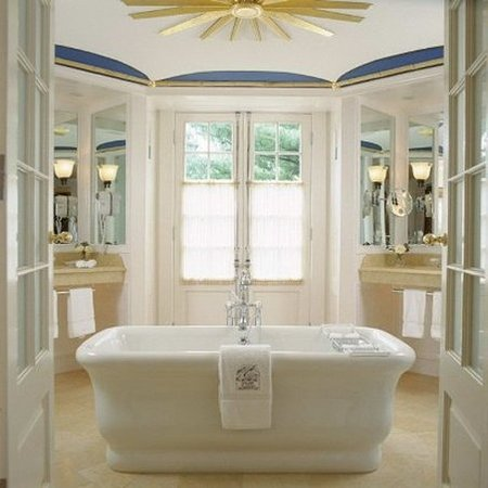 Washington, Вирджиния: Suite