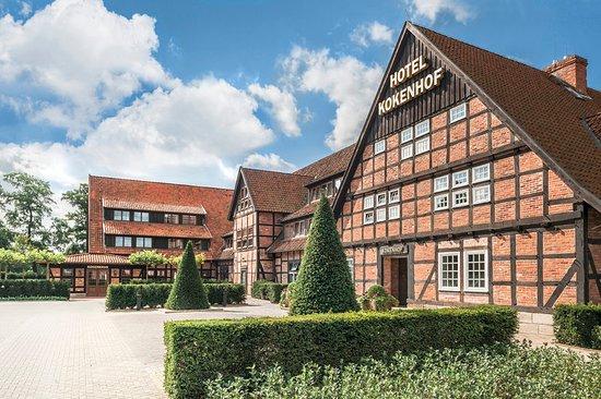 Grossburgwedel, Tyskland: Exterior