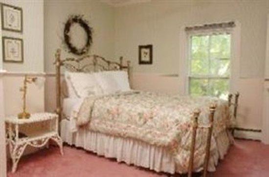 Inn at Grey Gables: Guest room