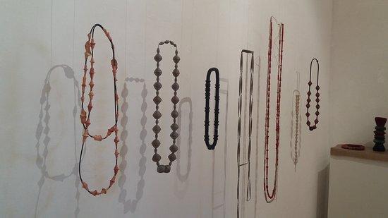 San Agustin Etla, Mexiko: Paper jewelery exhibit