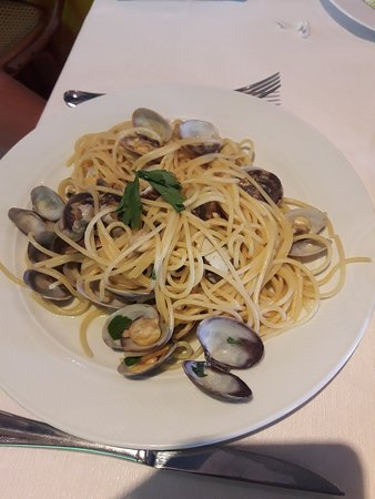 San Giorgio di Mantova, Italien: Spaghetti alle vongole