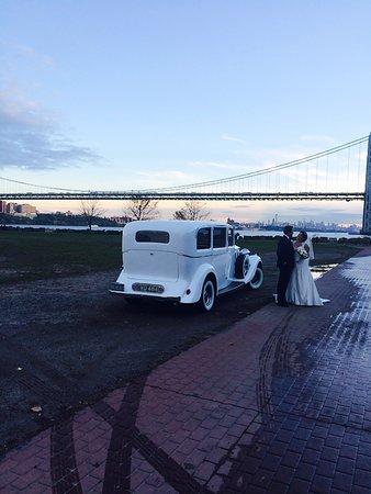 Hillside, NJ: 1937 Rolls Royce wedding with customer by Brooklyn bridge