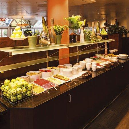 restaurant picture of movenpick hotel lausanne lausanne tripadvisor rh tripadvisor ca