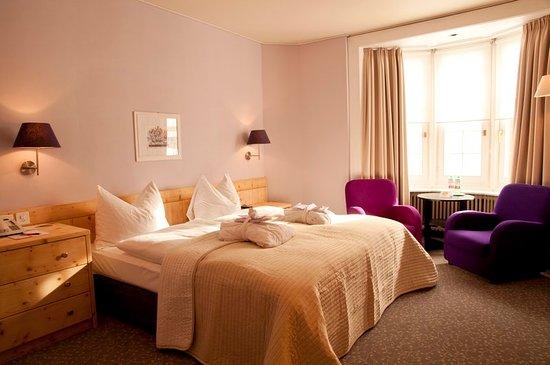 Hotel Rosatsch: Guest room