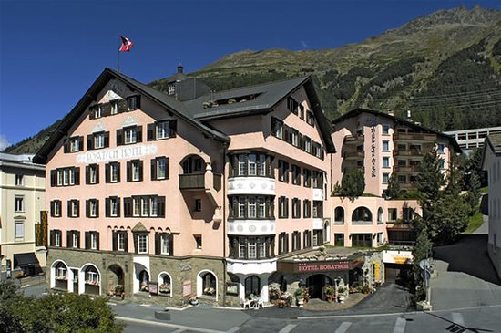 Hotel Rosatsch: Exterior
