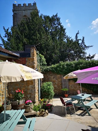 The George at Donyatt: Lovely secluded garden