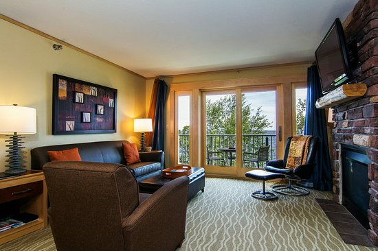 East Bay Suites: Guest room