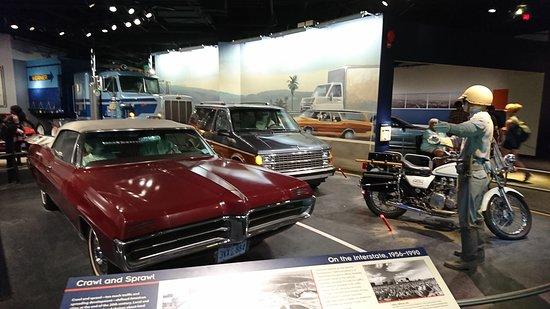 National Museum of American History: カーズに出てきそうな車