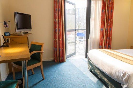 Holiday Inn Express Arras: Guest room