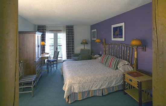 Lone Wolf, OK: Guest room