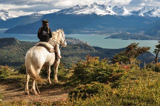 Estancia La Peninsula: 2 days horseback riding