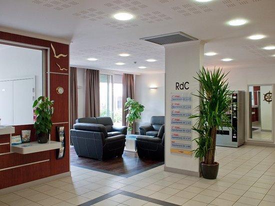 Saint Maurice, France: Lobby