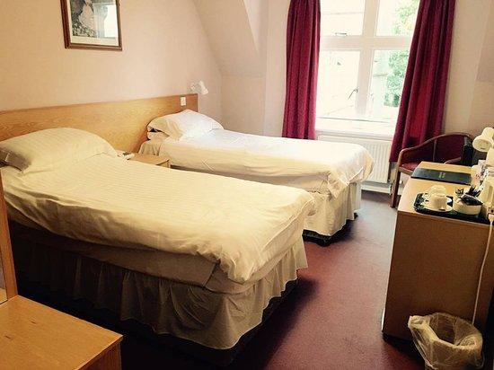 Belmont, UK : Guest room