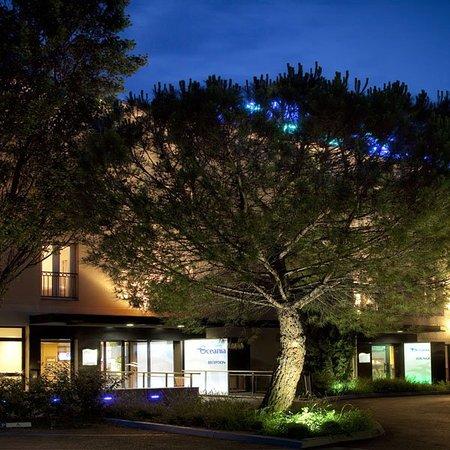 Escale Oceania Aix En Provence : Exterior