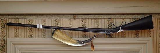 Adams National Historical Park: Musket and Powder Horn