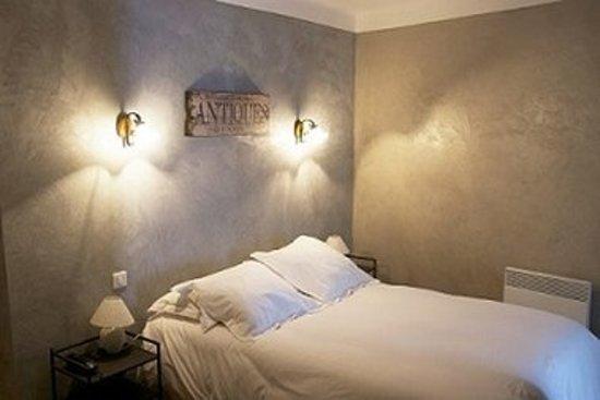 Murs, France: Guest room