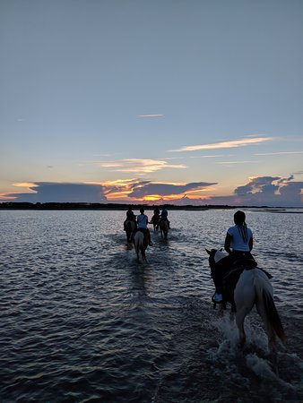 Cedar Island, NC: Sunset ride