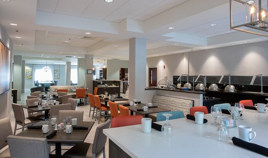 Holiday Inn & Suites Raleigh-Cary (I-40 @Walnut St), Hotels in Cary