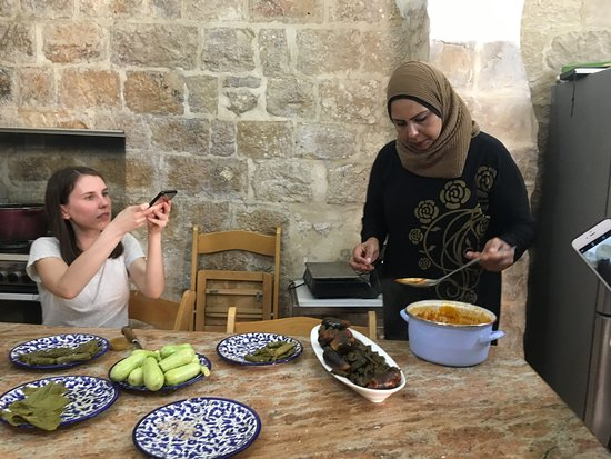 Bait Al Karama Cooking Class: Learning to cook Palestinian dishes