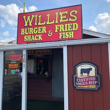 Willie's Fish Fry: photo1.jpg