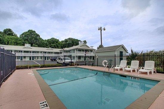 LaFayette, GA: Pool
